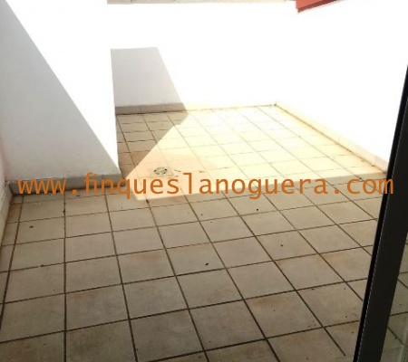 3 Rooms Rooms,2 BathroomsBathrooms,Piso,1078